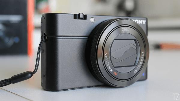 Recensione Sony RX100 IV: Caratteristiche e Prezzo